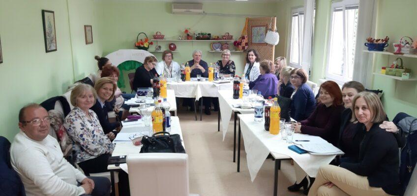 Примена Упутства о поступању центара за социјални рад и установа социјалне заштите
